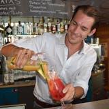 Rick Wassenaar weiss, was es für einen gelungenen Cocktail braucht. (Bild Alessia Pagani (Herisau, Juli 2018))