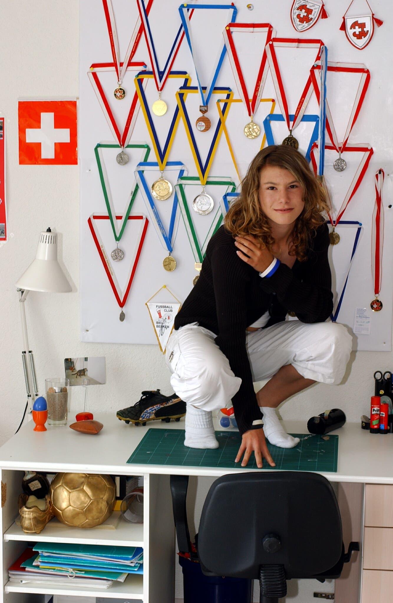 2005 wurde sie Schweizer Meister und Pokalsieger der Altersklasse U-18. In der folgenden Saison war sie die jüngste Spielerin der Nationalliga B.