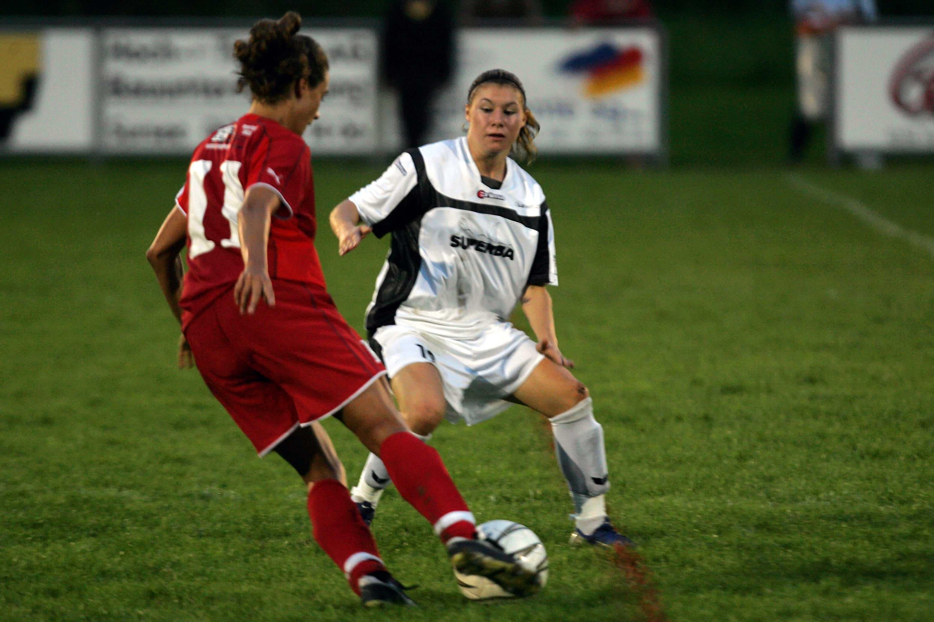 2006 wechselte sie zum amtierenden Meister SC LUwin.ch Luzern.