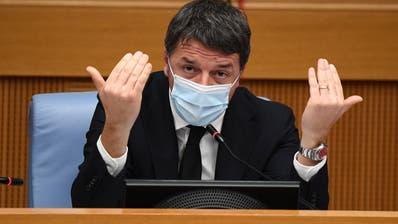 Matteo Renzi zieht zwei Ministerinnen ab und lässt so die Regierung platzen. (Ettore Ferrari/Pool / EPA)