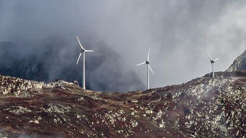 Themenbild Strom: Windpark Gütsch, oberhalb von Andermatt. Das Bild entstand am Mittwoch, 2. Oktober 2019.Bild: (Pius Amrein / LZ)Strom, Windpark, Windrad, Windgenerator, erneuerbare Energie, Stromproduktion, Elektrizität (Pius Amrein  (lz) / Luzerner Zeitung)