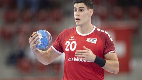 Die Schweizer Handball-Nati muss an der WM vorerst auf Luka Maros verzichten. Grund: Er wurde kurz vor der Abreise nach Ägypten positiv auf das Coronavirus getestet. (Ennio Leanza / KEYSTONE)
