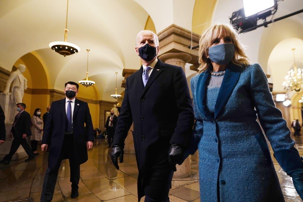 Biden und seine Frau nach der Vereidigungszeremonie.