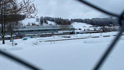 Im Spätsommer dieses Jahres soll die Umgestaltung der Badi Wattwil beginnen. (Bild: Simon Dudle)