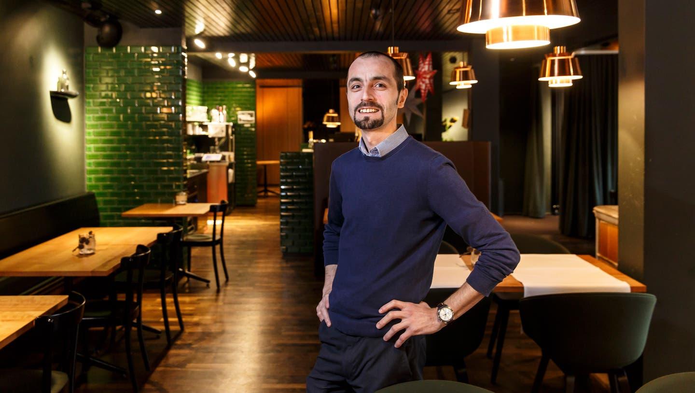 Argim Asani, Geschäftsführer des Restaurants des Parktheaters (Hanspeter Bärtschi)