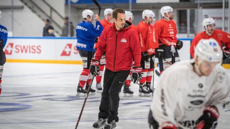 Im Februar wird die Eishockey-Nati nicht zusammenkommen. Die Belastung der Spieler sei hoch und die gesundheitliche Lage lasse es nicht zu. (Archivbild) (Andrea Stalder)