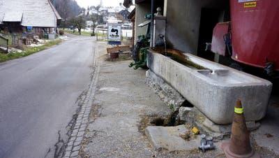 Die Wasserversorgung in Mühledorf wird nach und nach an die öffentliche Wasserversorgung angeschlossen. (Urs Byland)