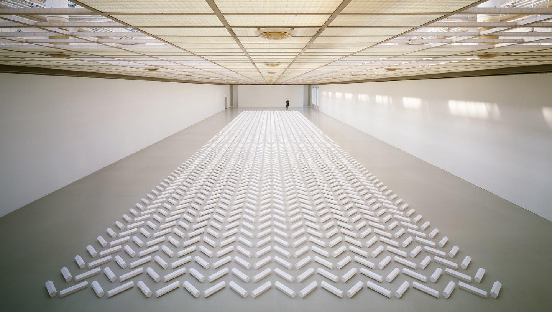 Im Kunsthaus Zürich zur Eröffnung des Neubaus zu sehen: Walter De Maria, The 2000 Sculpture, 1992. (Kunsthaus Zürich)