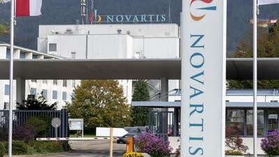 Hier soll es ab dem zweiten Quartal losgehen: Das Novartis-Werk in Stein im Fricktal. (Georgios Kefalas / KEYSTONE)