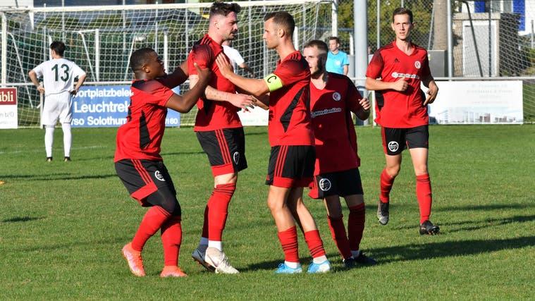 Noch immer fehlt den Spielern des FC Wangen bei Olten ein Punkt. Hier im Einsatz gegen den FC Klingnau an 11.9.2021. (Bruno Kissling)