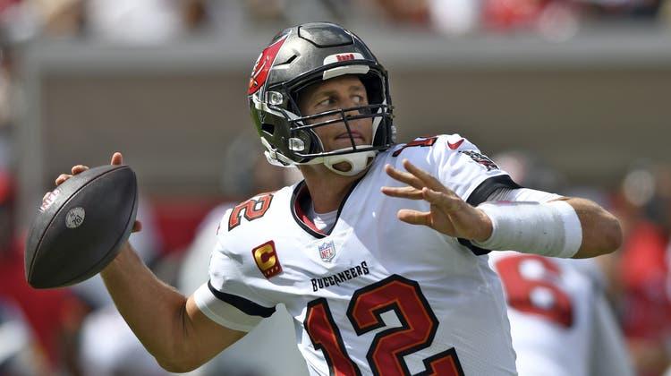 Tampa Bay Buccaneers Quarterback Tom Brady zerpflückte mit seiner Offensive die Miami Dolphins. (Jason Behnken / AP)
