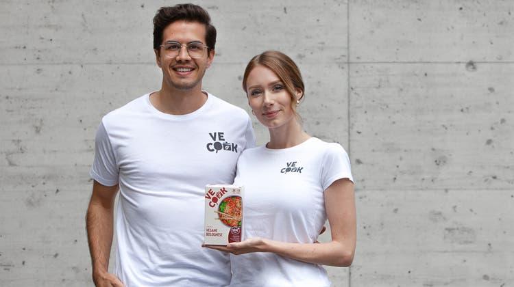 Dieses Ehepaar will die rein pflanzliche Ernährung vereinfachen: Niklas und Adriana Buborihaben die Ve Cook GmbH gegründet