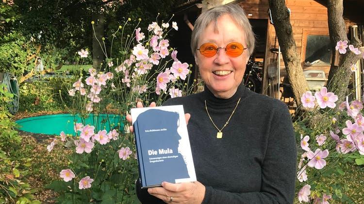 Ein Leben im Schatten: Die Schlieremer AutorinErica Brühlmann-Jecklin zeichnet das Schicksal einer kolumbianischen Drogenkurierin nach. (Lydia Lippuner)