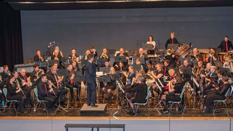 «MusiXmaX», das Harmonieblasorchester des Mittelaargaus, probt wieder für Konzerte. (Peter Winkelmann)