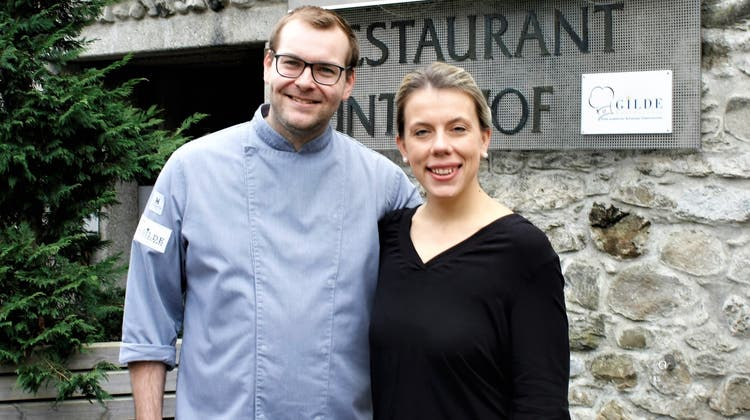 Das Wirtepaar Joel-Etienne Bollinger und Tatjana Moser sind jetzt Gilde-Gastronomen. (Bild: Dieter Ritter)