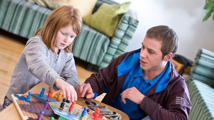 Im Rahmen sonderschulischer Angebote werden Kinder individueller betreut und gefördert. (Keystone)