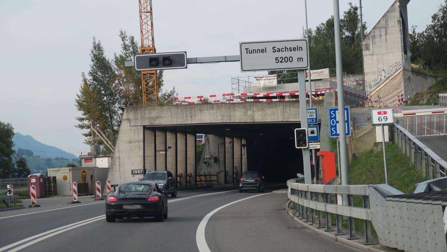 Tunnel Sachseln, Einfahrt Richtung Norden. (Archiv Obwaldner Zeitung)