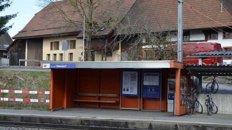 Die WSB-Haltestelle Oberdorf in Unterentfelden. (Daniel Vizentini (27.3.2021))