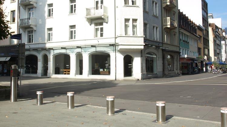 Die Liegenschaft an der Baslerstrasse 1 in jetzt i nBesitz der AKB (Urs Huber)