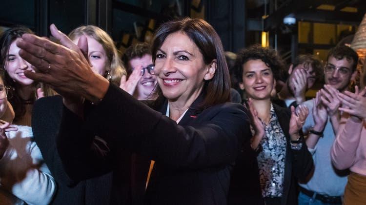 Wurde mit 72 Prozent der sozialistischen Stimmen zur Präsidentschaftskandidatin gewählt: Anne Hidalgo, 62. (Keystone)