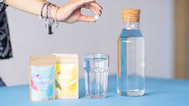 Das Berner Start-up Dropzverkauft seine Aroma-Perlen derzeit nur online. Mit Hilfe eines neuen Investors soll sich das aber bald ändern. (Bild: zvg)
