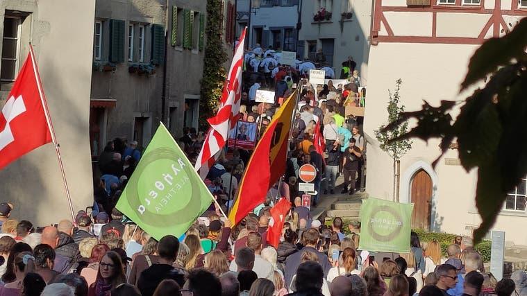 Baden, Rapperswil-Jona und Bern: Mehrere Corona-Kundgebungen in der Schweiz