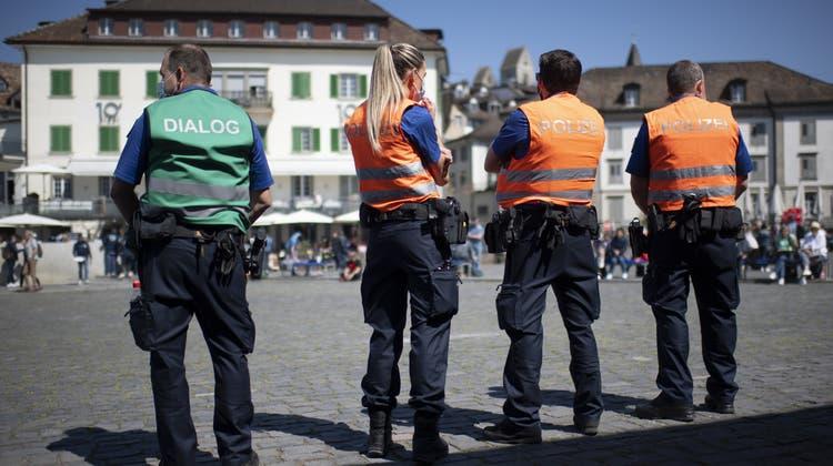 Die Kundgebung in Rapperswil verlief aus Sicht der Kantonspolizei friedlich. (Archivbild) (Bild: Keystone)