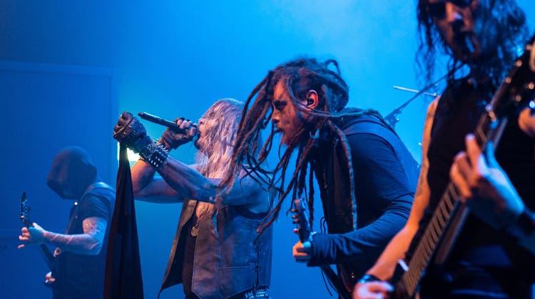 Die deutsche Band Thron am Metalfestival Attack:Now im Eisenwerk Frauenfeld. (Bild: Reto Martin)