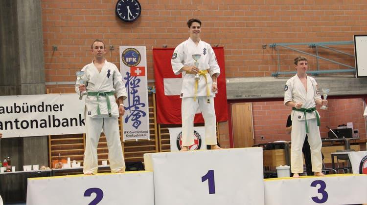 Zwei Schweizer-Meister-Titel für Wohler Karatekas
