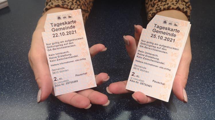 Die Gemeinde Wohlen verschickt die Tageskarten auch per Post. (zvg)