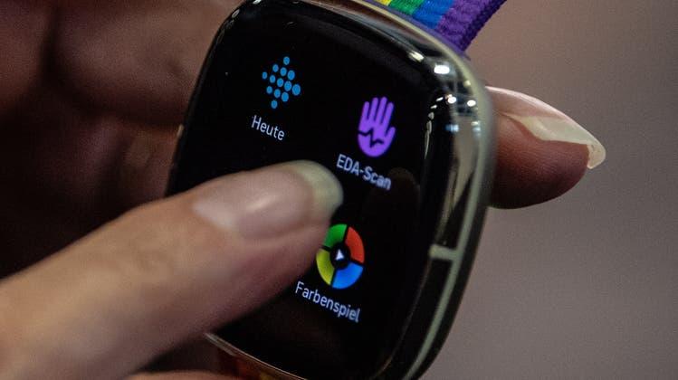 Die Smartwatch stellt den Speiseplan zusammen: So zumindest der Traum von Nestlé-Chef Mark Schneider. (Symbolbild) (Keystone)