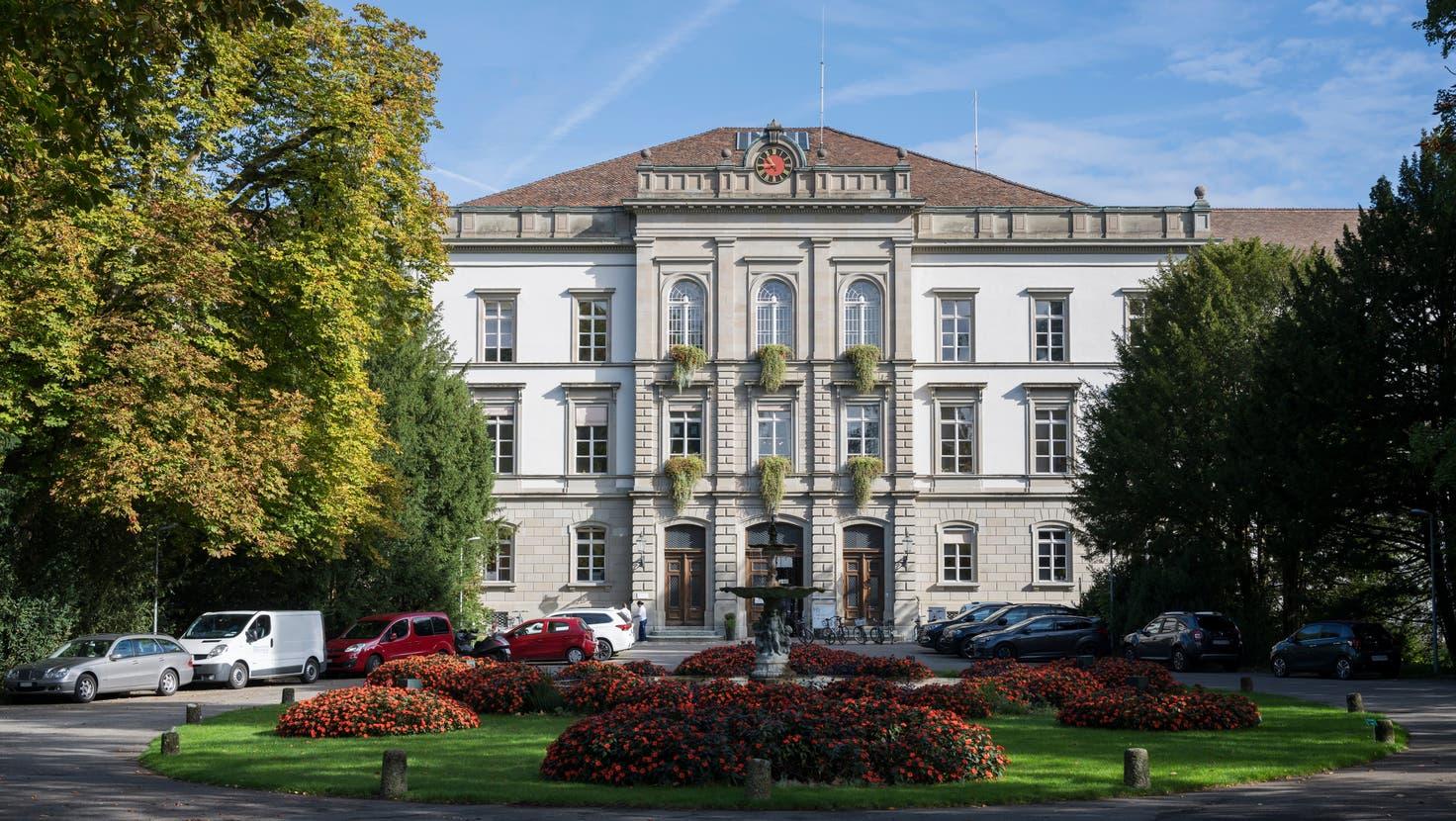 Das alte Hauptgebäude der Psychiatrischen Dienste Aargau. (Alex Spichale)