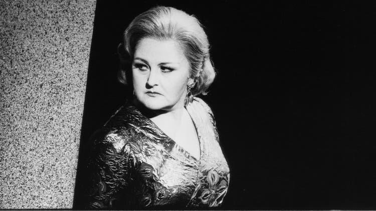Die Unfehlbare: Edita Gruberova in Bellinis «Beatrice die Tenda» am Opernhaus Zürich im Jahr 2001. (Suzanne Schwiertz / Opernhaus Zürich)