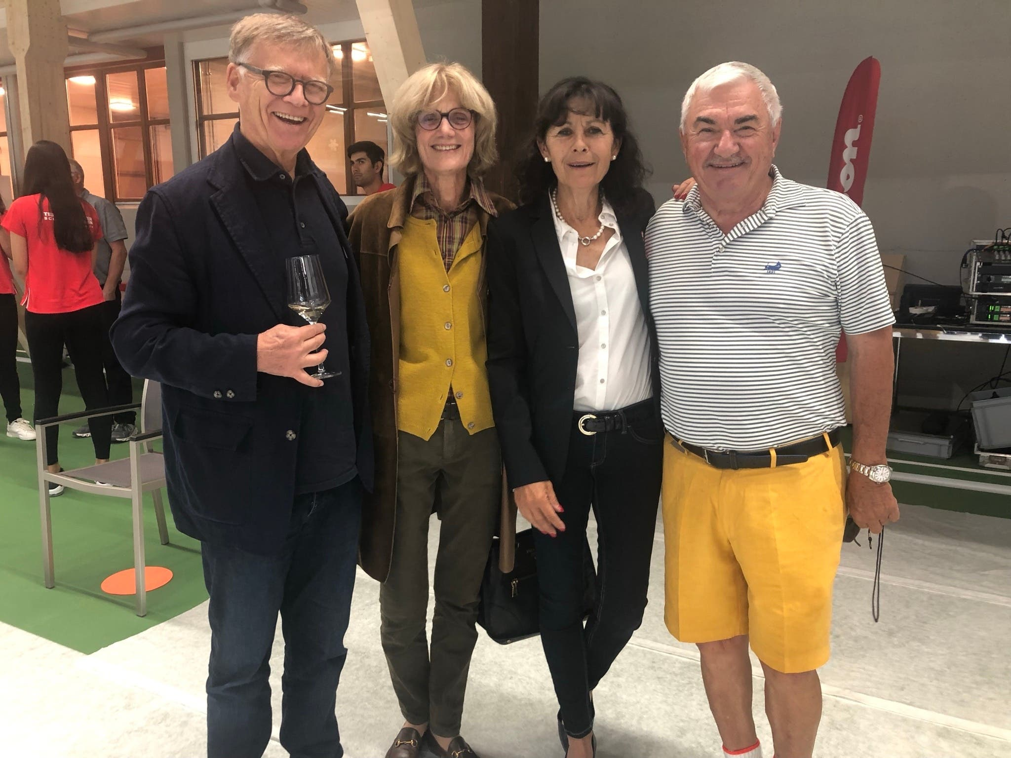 Peter Wanner (CH Media), Annina von Planta und Monica Blatter-Simmen (beides ehemalige Spitzen-Tennisspielerinnen) sowie Robert Federer (v.l.).