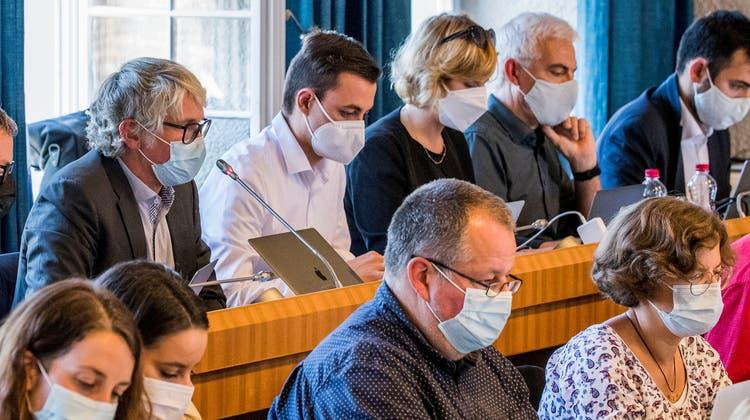 Innerhalb der SP-Fraktion ist Pascale Meschberger (rechts unten) mit ihrer Unterstützung des Sozialhilfegesetzes fast alleine. (Nicole Nars-Zimmer (2.9.21))