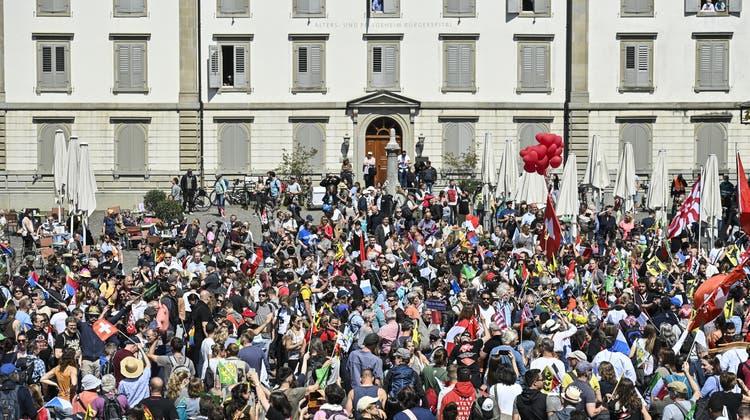Der Schwyzer SVP-Kantonsrat David Beeler schlug am Samstag mit seiner Rede in Rapperswil-Jona hohe Wellen. Strafrechtliche Konsequenzen hat sie keine. (Archivbild) (Keystone)