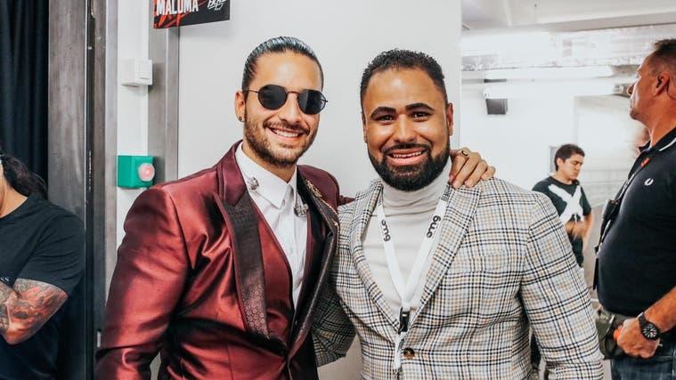 Latino-Star Maluma und Renelio Perez (r.) 2018 im ausverkauften Hallenstadion in Zürich. Im März 2022 soll erneut ein Konzert des Südamerikaners im Hallenstadion stattfinden. (zvg)