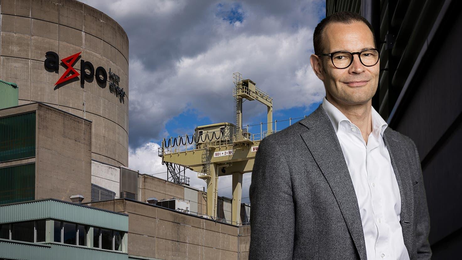 Axpo-Chef  Christoph Brand vor der  Pflanzenwand am  Hauptsitz des Stromkonzerns  in Baden AG. (Severin Bigler / ©)