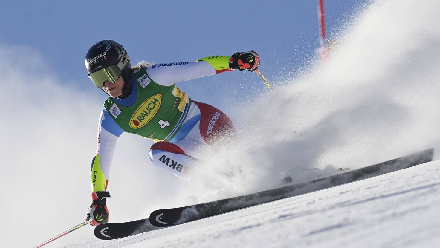 Switzerland's Lara Gut speeds down the course during the first run of an alpine ski, women's World Cup giant slalom in Soelden, Austria, Saturday, Oct. 28, 2017. (AP Photo/Alessandro Trovati) (Alessandro Trovati / AP)
