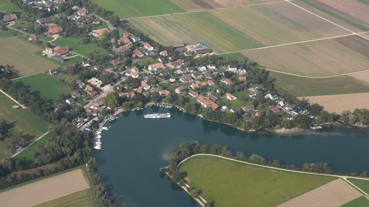Luftaufnahme von Altreu (Dorfteil von Selzach). Der Gemeinderat lässt ein Liegenschaftskonzept für die gemeinde ausarbeiten (Peter Brotschi)