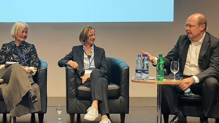 Ursula Mauch eröffnete die Demokratiekonferenz in Aarau. (zvg)