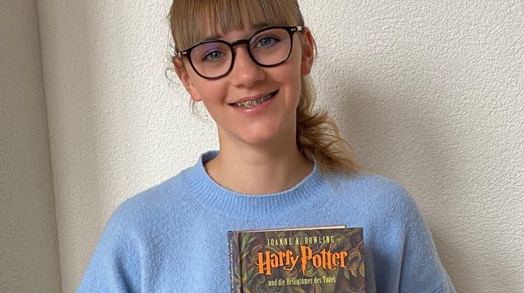 Lily Hänseler empfiehlt «Harry Potter und die Heiligtümer des Todes» allen, die sich in eine andere Welt versetzen lassen möchten. (zvg)