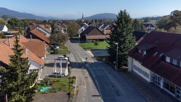 Geplante Strassensanierung bei der Haltestelle HardeckSüd (rechts der Strasse) in Neuendorf. (Patrick Lüthy)