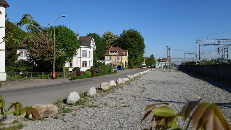 Das Bahnhofareal in Muri soll im Besitz der Gemeinde bleiben. Darüber wurde an der Gemeindeversammlung im Juni 2016 abgestimmt. (Eddy Schambron (1. Mai 2018))
