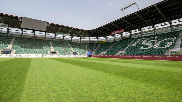 Während der Saison 2020/21 fanden 17 von 18 Heimspielen des FC St.Gallen vor ganz oder teilweise leeren Rängen statt. (Bild: Michel Canonica (18.6.2021))