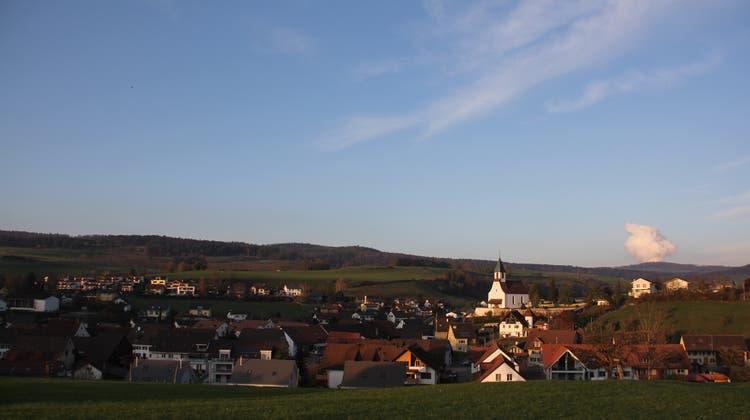 Bözen liegt in der Mitte der künftigen Fusionsgemeinde Böztal. (Claudia Meier (18. November 2019))