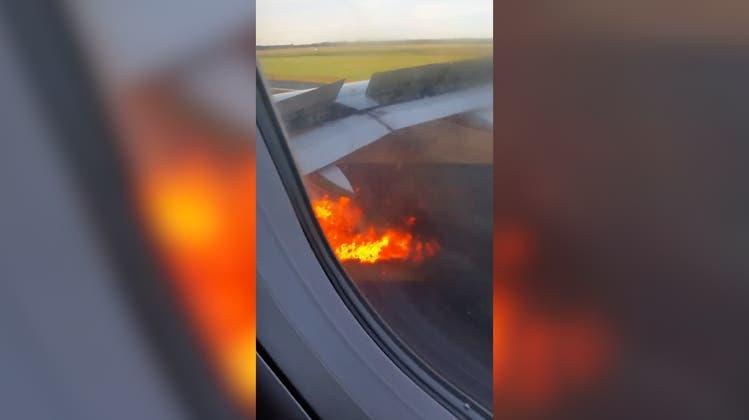 Vogel geriet ins Triebwerk: Flugzeug fängt bei Start in Atlantic City Feuer