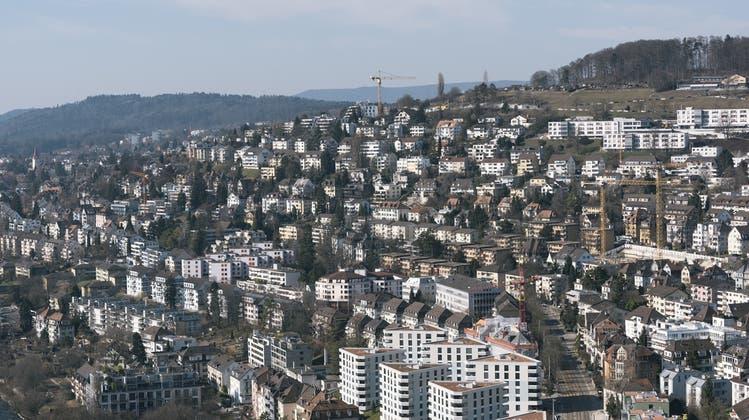 In Zürich-Höngg wird der Schulraum knapp. (Symbolbild) (Keystone)