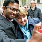 Das gab es letztmals 2019: Selfieschiessen nach der Bundesratssitzung «extra muros» in Zürich. (Keystone)
