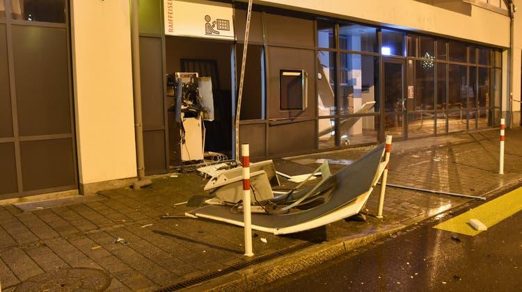 Die Sprengung verursachte massive Schäden an dem Gebäude. (Kapo SG)